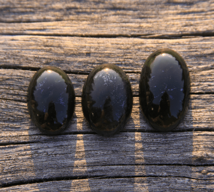 Black jade crystals for protection